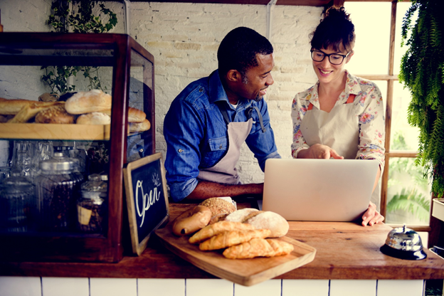 Marketing Restaurant Ideas and Trends For Startups in 2021 (New Guide)