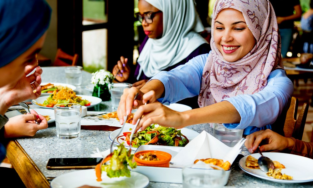 How to Open a Restaurant in Dubai or UAE (*Updated 2021 Guide)